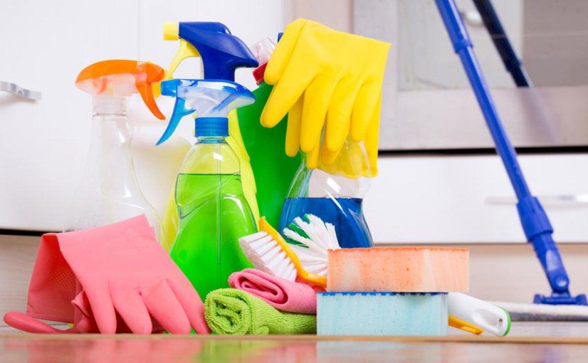 Zatrudnimy osobę do sprzątania sklepu odzieżowego Piotrków Trybunalski - 1