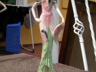 figurka dama retro z wachlarzem