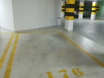 Duże miejsce garażowe na Sarmackiej 4B