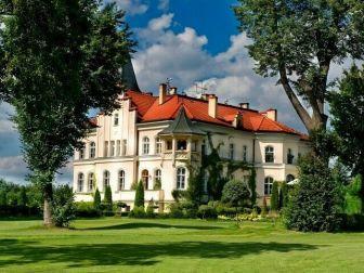Kelner/-ka | Praca za Barem w Pałacu Brzeźno Spa & Golf koło Prusic