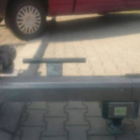 Automatyczna łata ściągająca posadzkarska do wylewek maszynowych